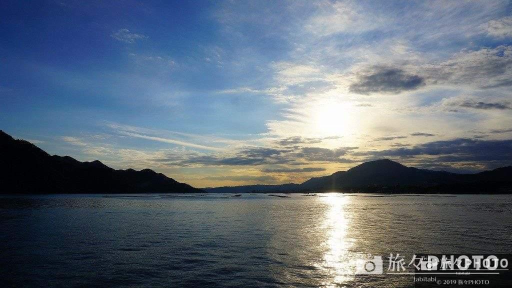 厳島神社から帰る途中に見た空