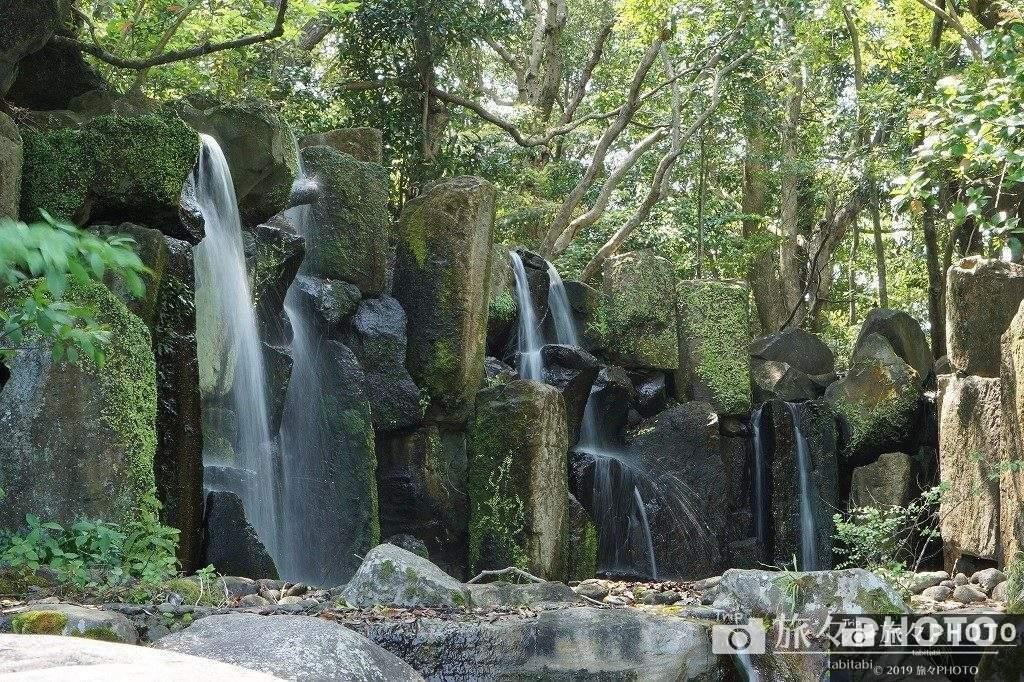 日向景修園の滝