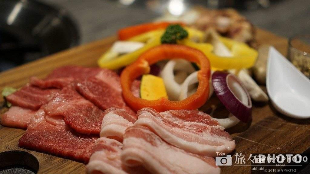 伊王島の夕食の焼肉