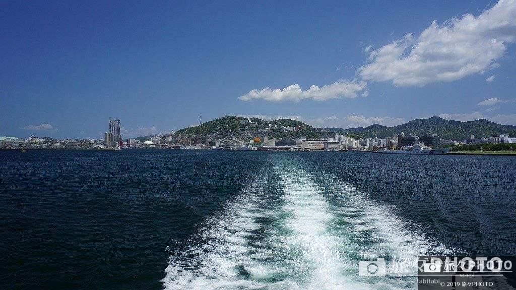 伊王島へ行く船からの景色