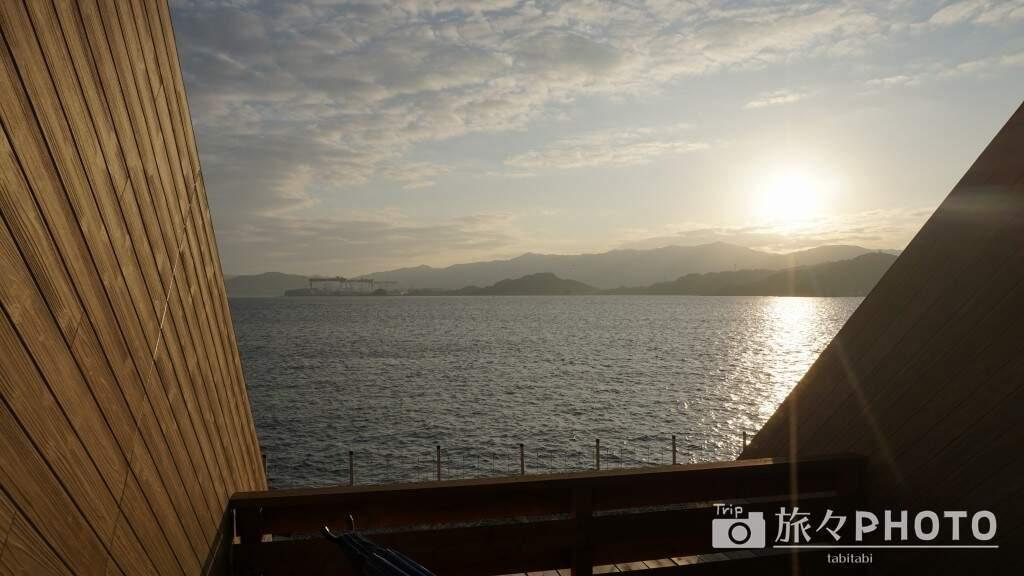 アイランド長崎のテラスロッジのテラスから見た海
