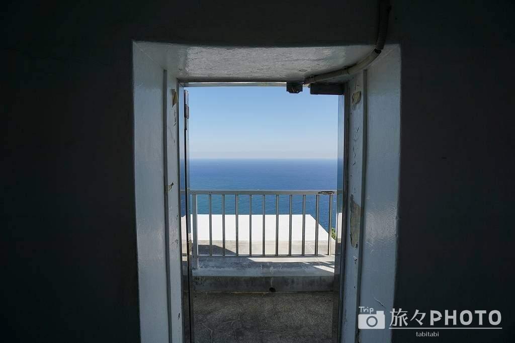 都井岬灯台の出口