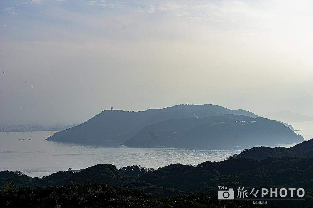 潮見公園から見る能古島