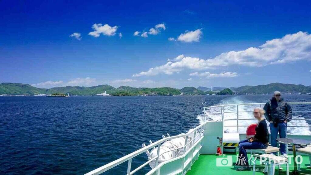 伊王島へ向かうフェリーから見た長崎