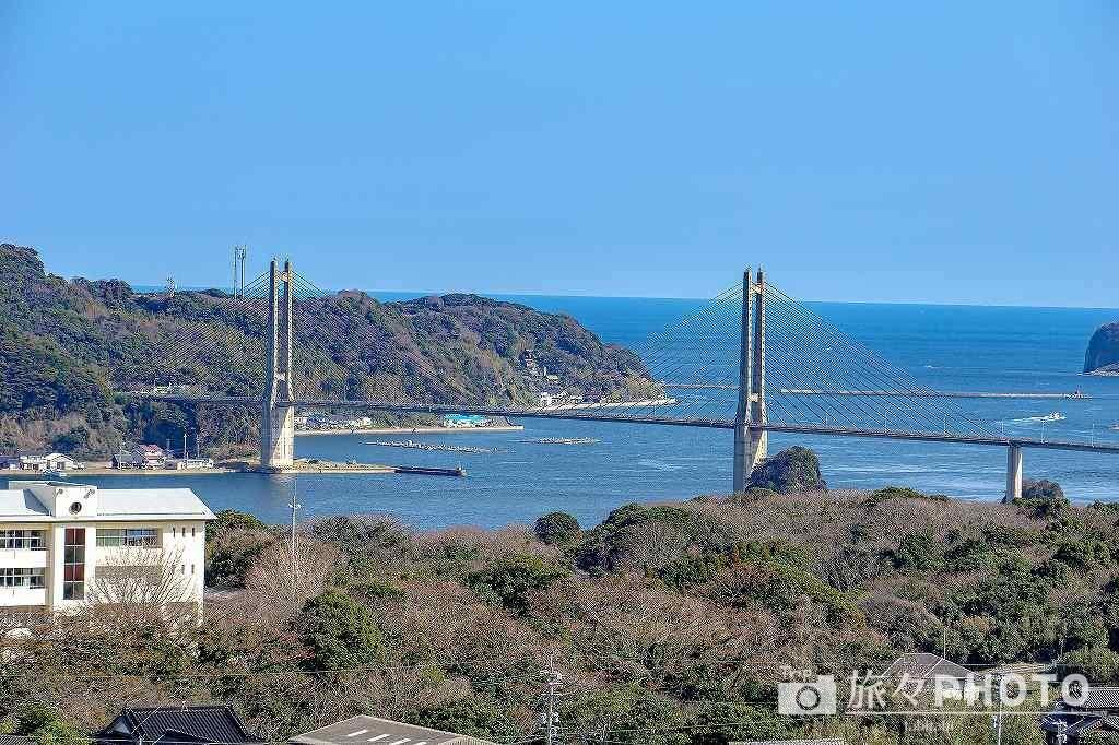 名護屋城跡から見た呼子大橋
