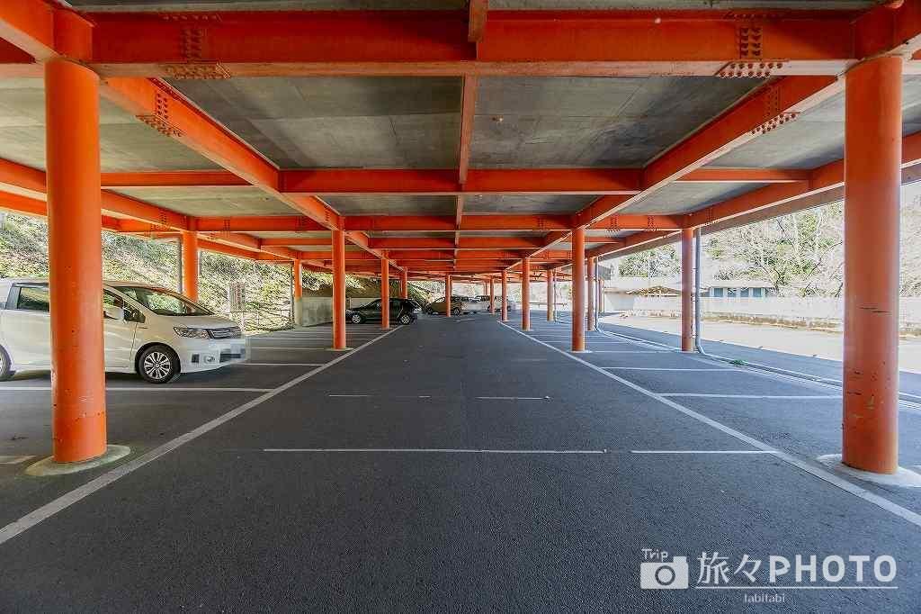 霞神社の駐車場