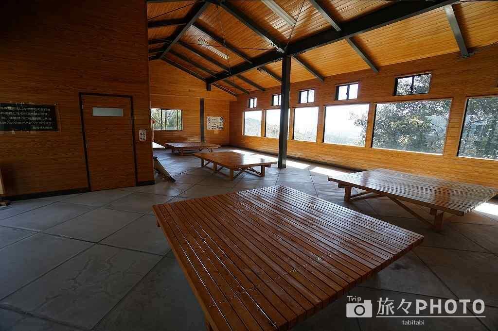 霞神社 休憩所