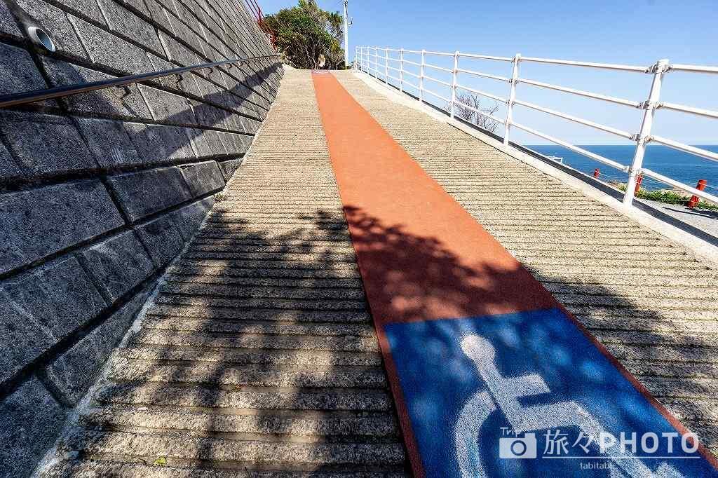 元乃隅神社 入口の坂