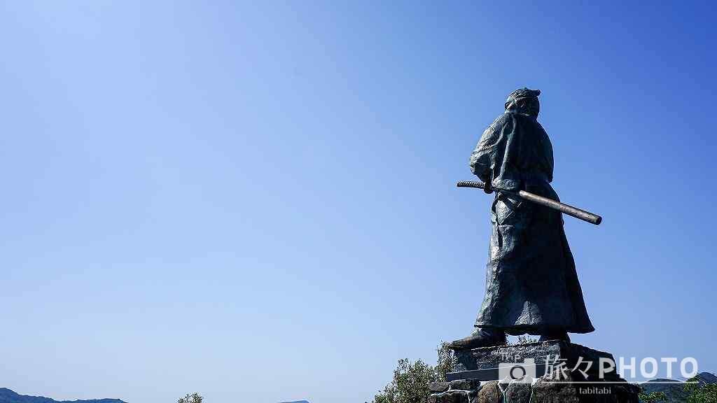 風頭公園の龍馬像