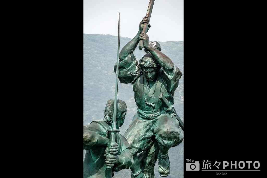 宮本武蔵、佐々木小次郎像