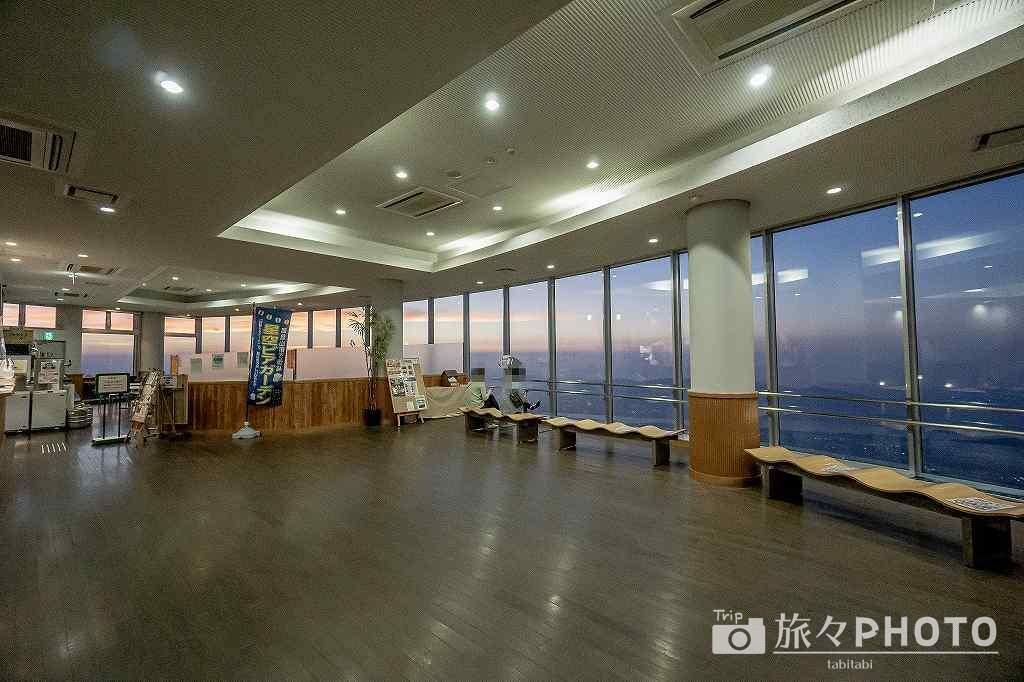 皿倉山展望台2階