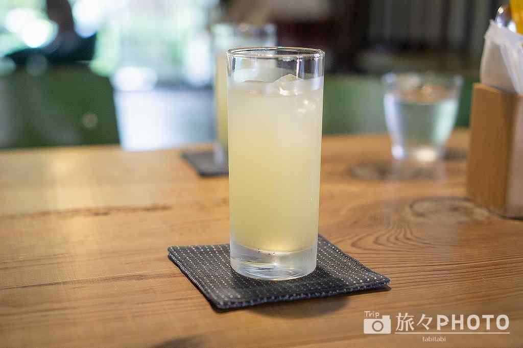 萩カフェCOTOCOTO 夏みかんジュース