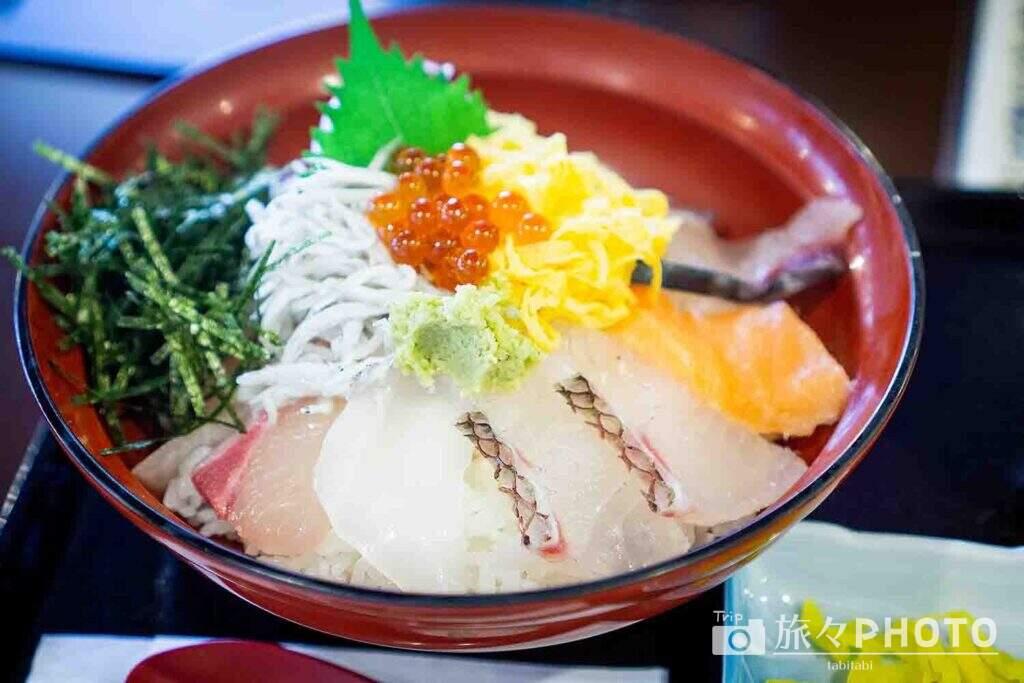 来萩海鮮丼