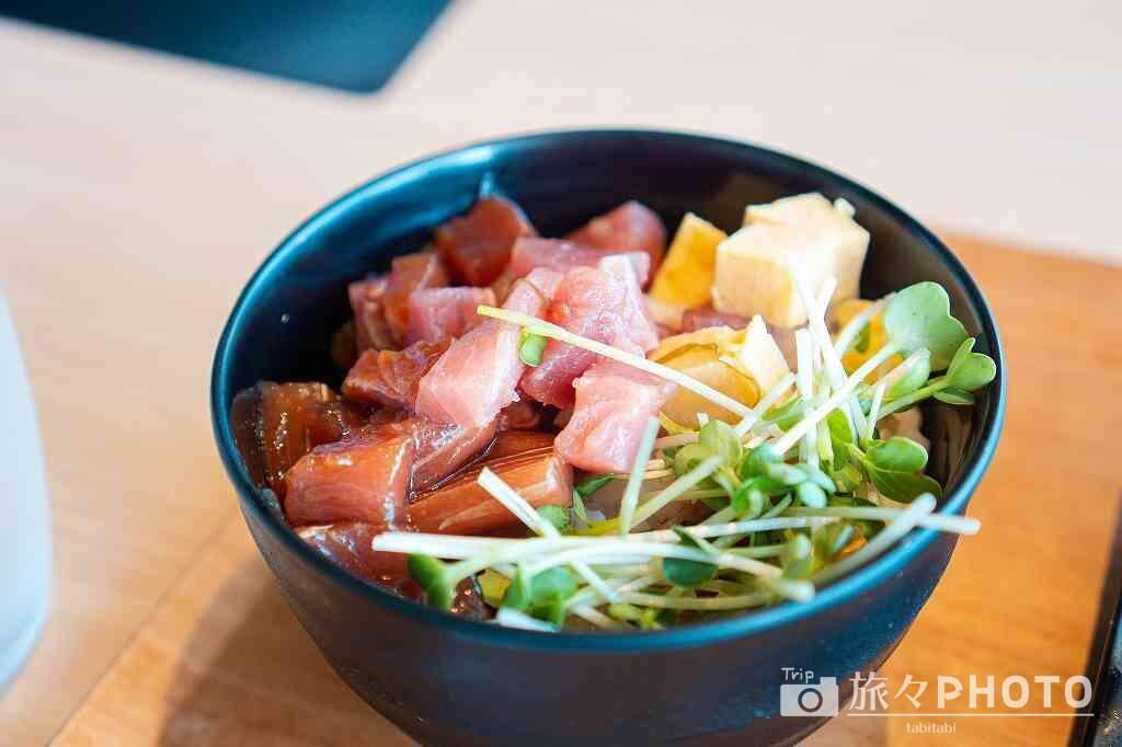 アイランド長崎朝食うららか「海鮮のっけ丼」