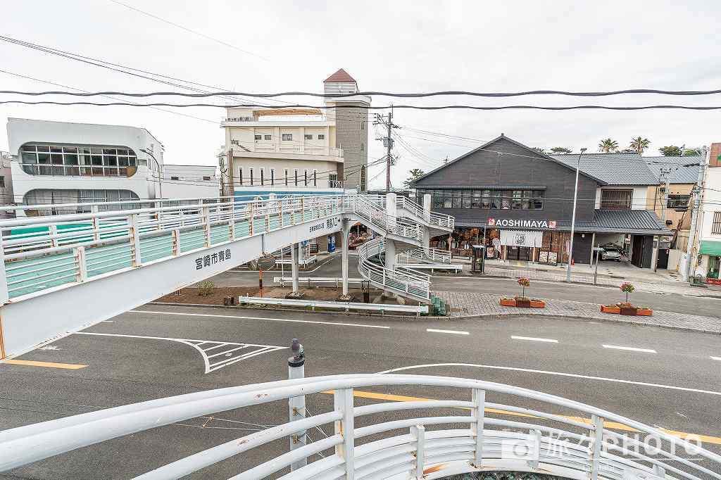 青島参道の歩道橋
