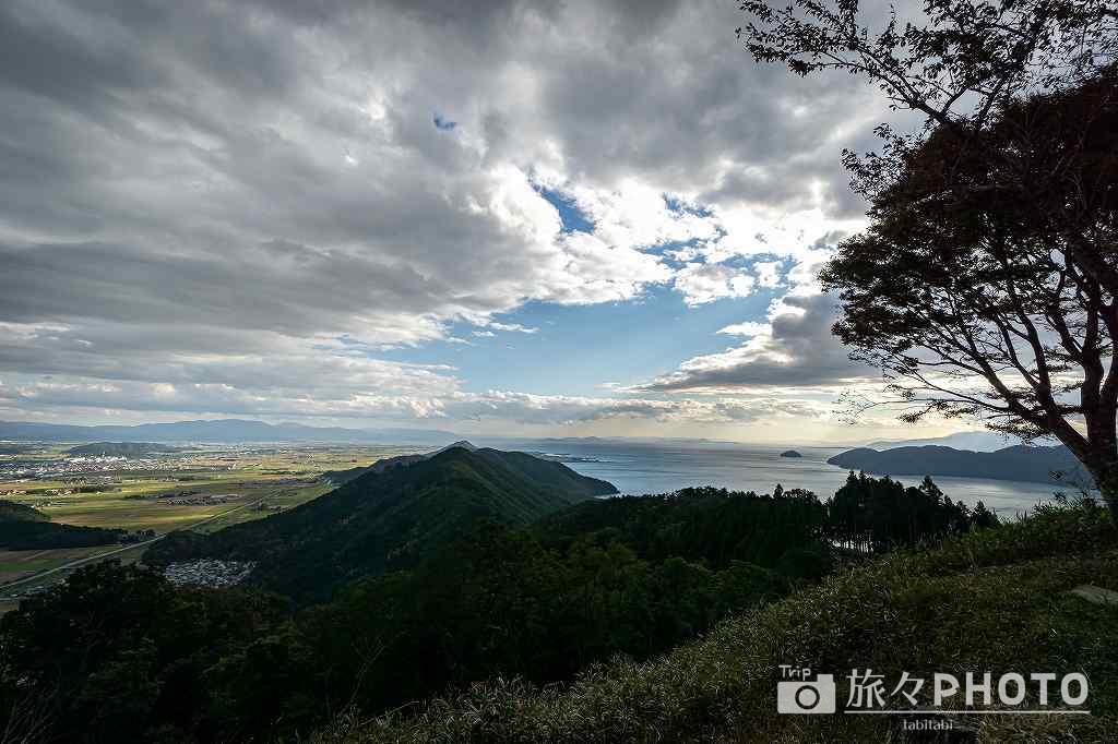山頂から景色