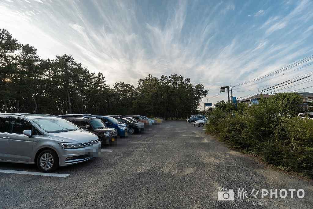 宮地浜駐車場(約40台)